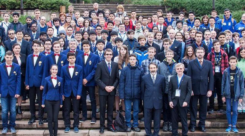 Українські школярі повернулись із міжнародної олімпіади з астрономії з двома медалями